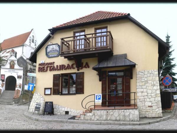 Pensjonat i Restauracja  Pod Wietrzną Górą
