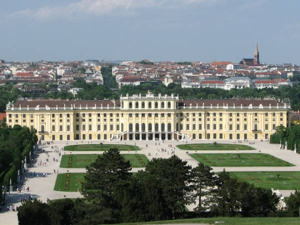 Wiedeń - metropolia europejskiej klasy