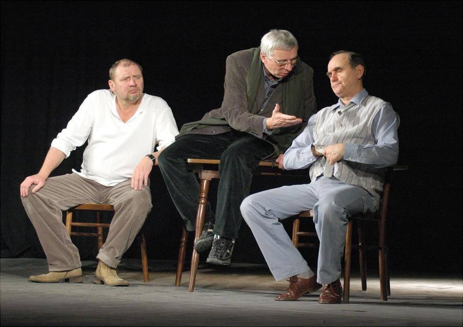 """Spektakl """"Scenariusz dla trzech aktorów"""" w Teatrze Muzycznym w Gdyni"""