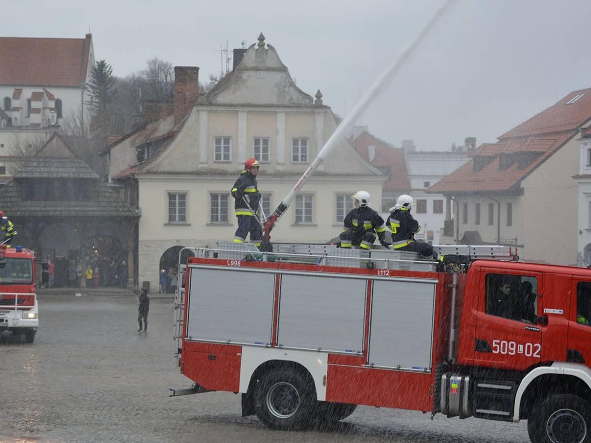 Strażacki śmigus - dyngus