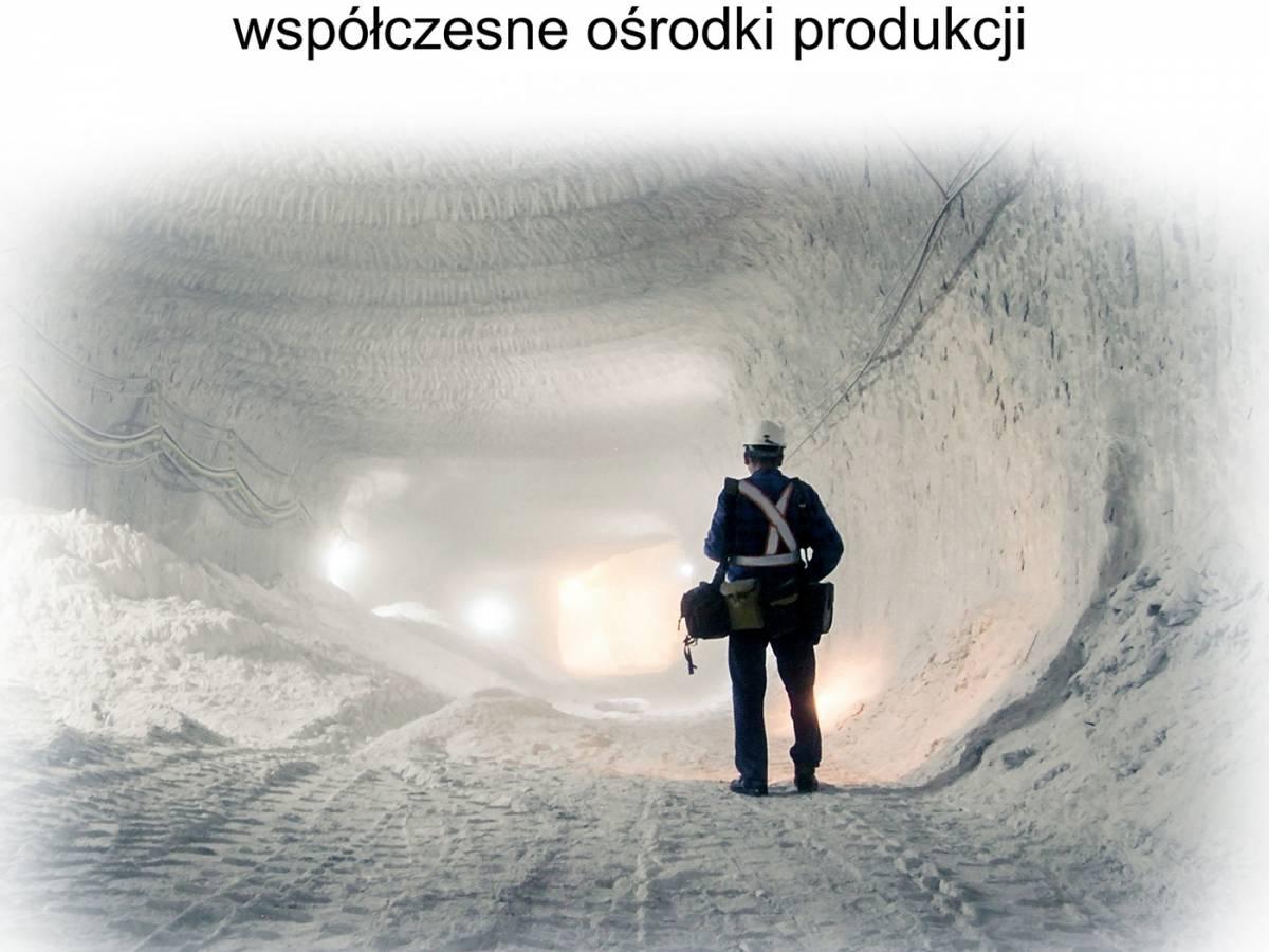 """Wystawa """"Sól w Polsce - współczesne ośrodki produkcji""""w Wieliczce"""