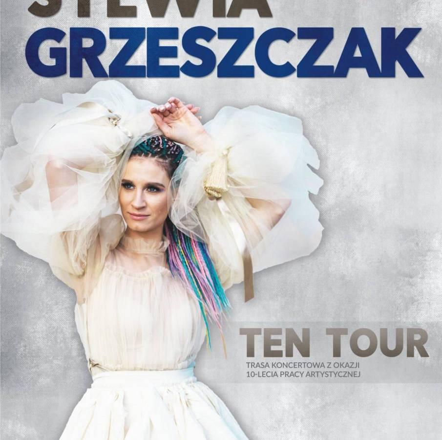 Koncert Sylwii Grzeszczak w Amfiteatrze w Płocku