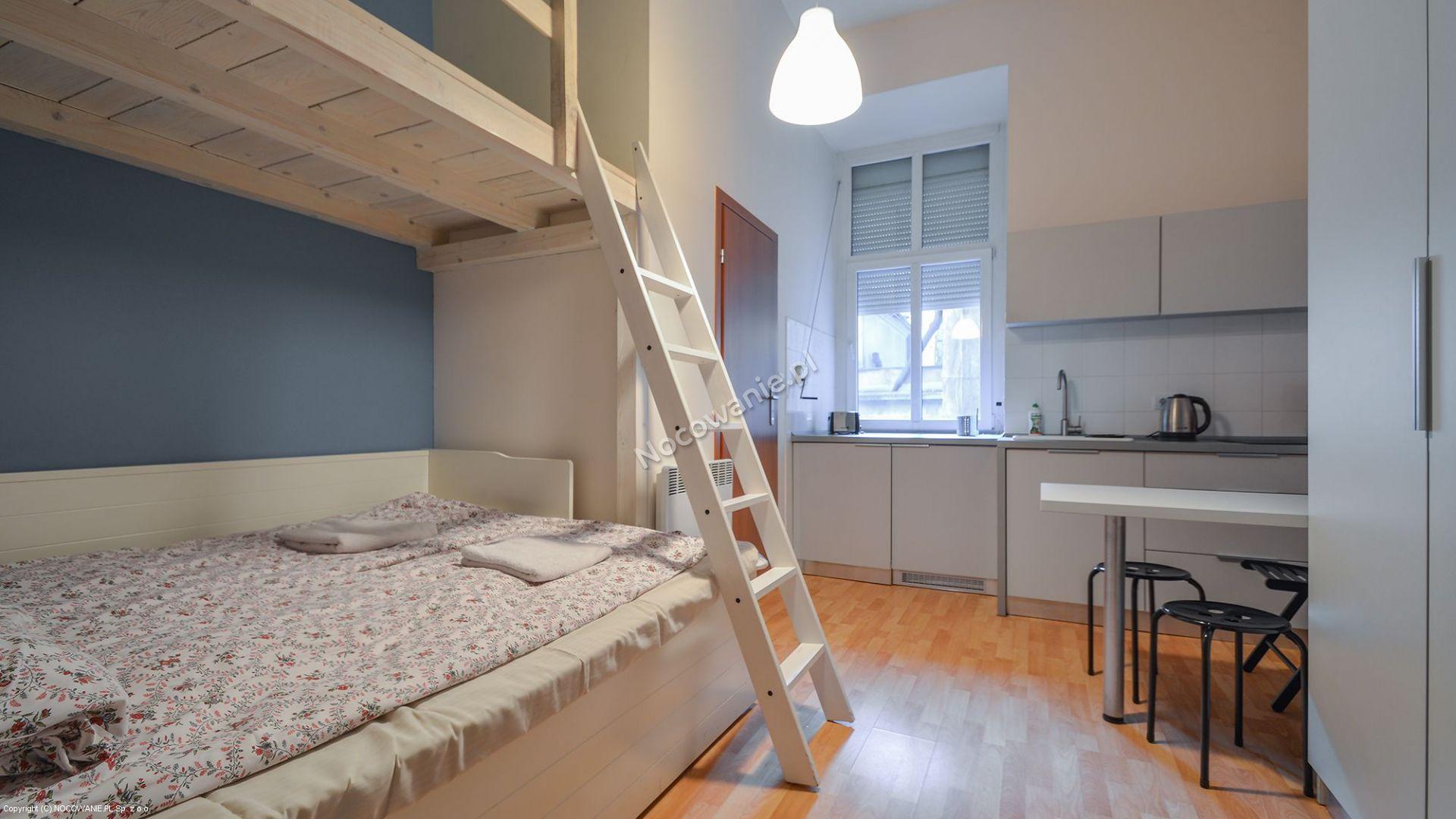 Hostel yellow krak w hostel yellow w krakowie for 15 115 salon kosmetyczny opinie