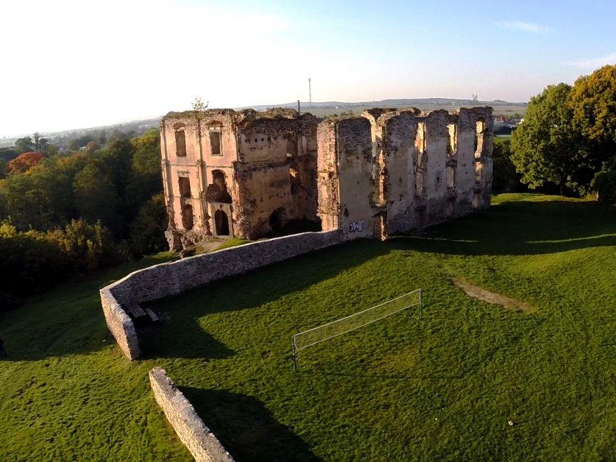 Zamek w Bodzentynie