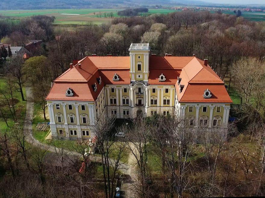 Zamek w Pieszycach