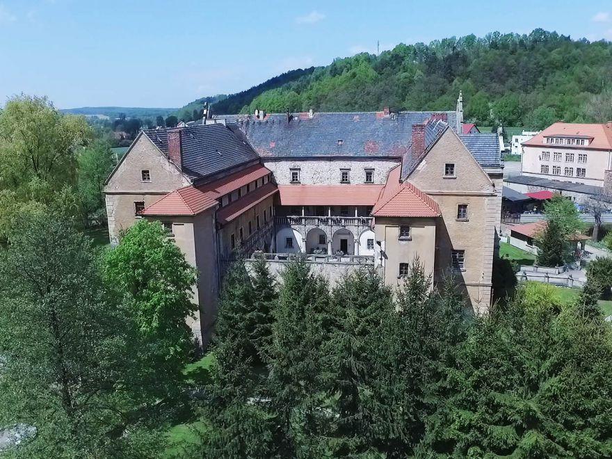 Zamek w Płakowicach