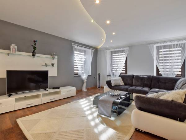 Apartament Alan