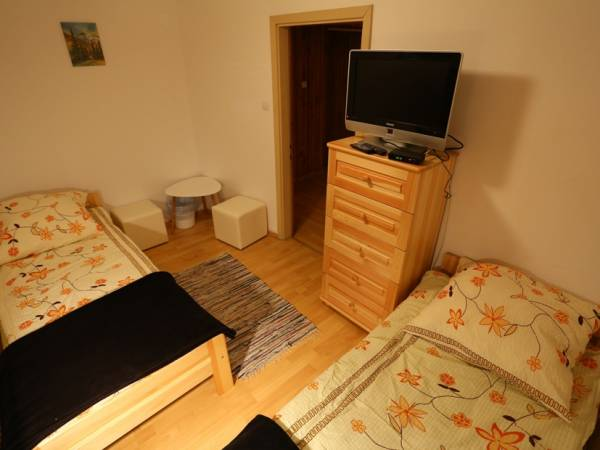 "Apartments and Rooms in Zakopane: ""Czeremcha"" - ACCOMMODATION FOR YOU!"