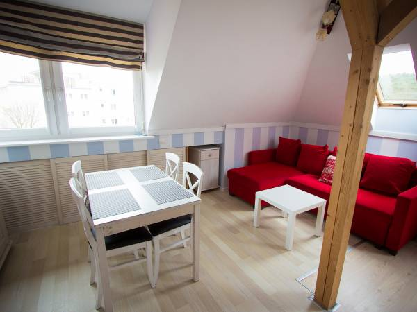 APARTAMENT 10-19.06 Willa Karmazyn